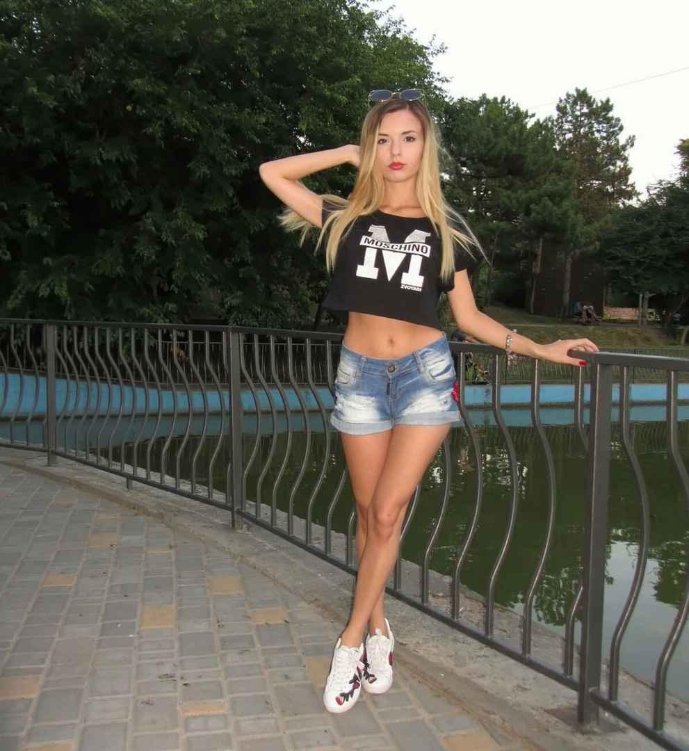 Модель Элина - Владивосток
